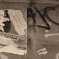 Wieczorki taneczne dla samotnych #plakat #PlakatNaMoście #most #grafitti