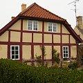 Data wybudowania: 1770 r. - w lewym rogu wyskrobane :) #bornholm #dania #domek #domki #dom #willa #chata #chatka