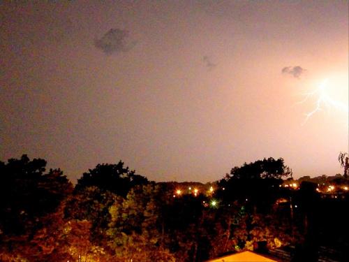 letnia burza nad mińskiem #pioruny