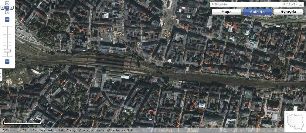 Katowice railway line dichotomises the City